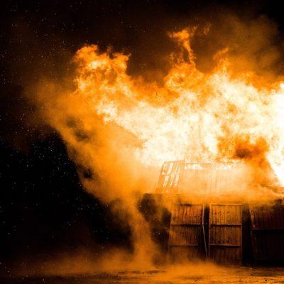 В Нытве сгорел дом. Погибли 2 человека.
