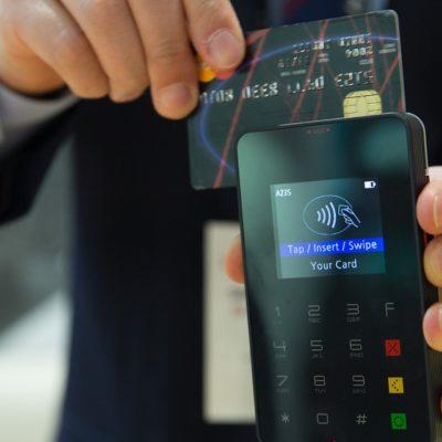 В Добрянке  проезд в общественном транспорте можно оплатить банковской картой