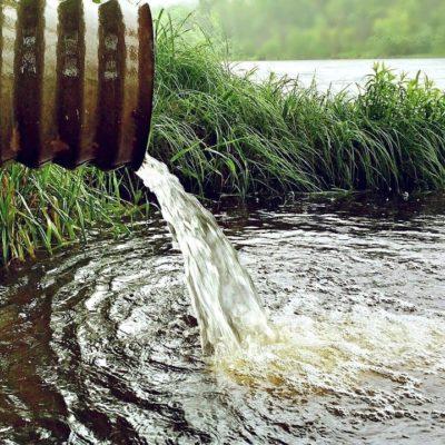 В реку Каму в районе Березников произошёл сброс химических веществ