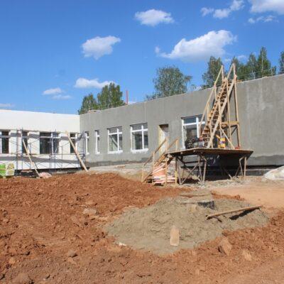 Осенью в новую школу в селе Мокино смогут пойти сто детей